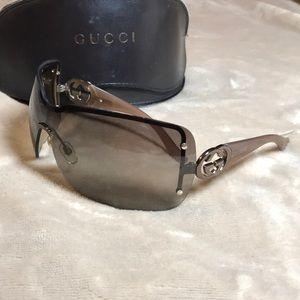 Gucci authentic brown shield sunglasses